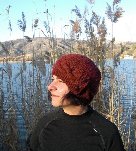 womans knit hat